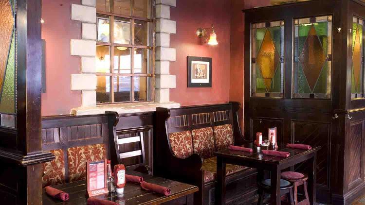 Claddagh-irish-pub-1-list