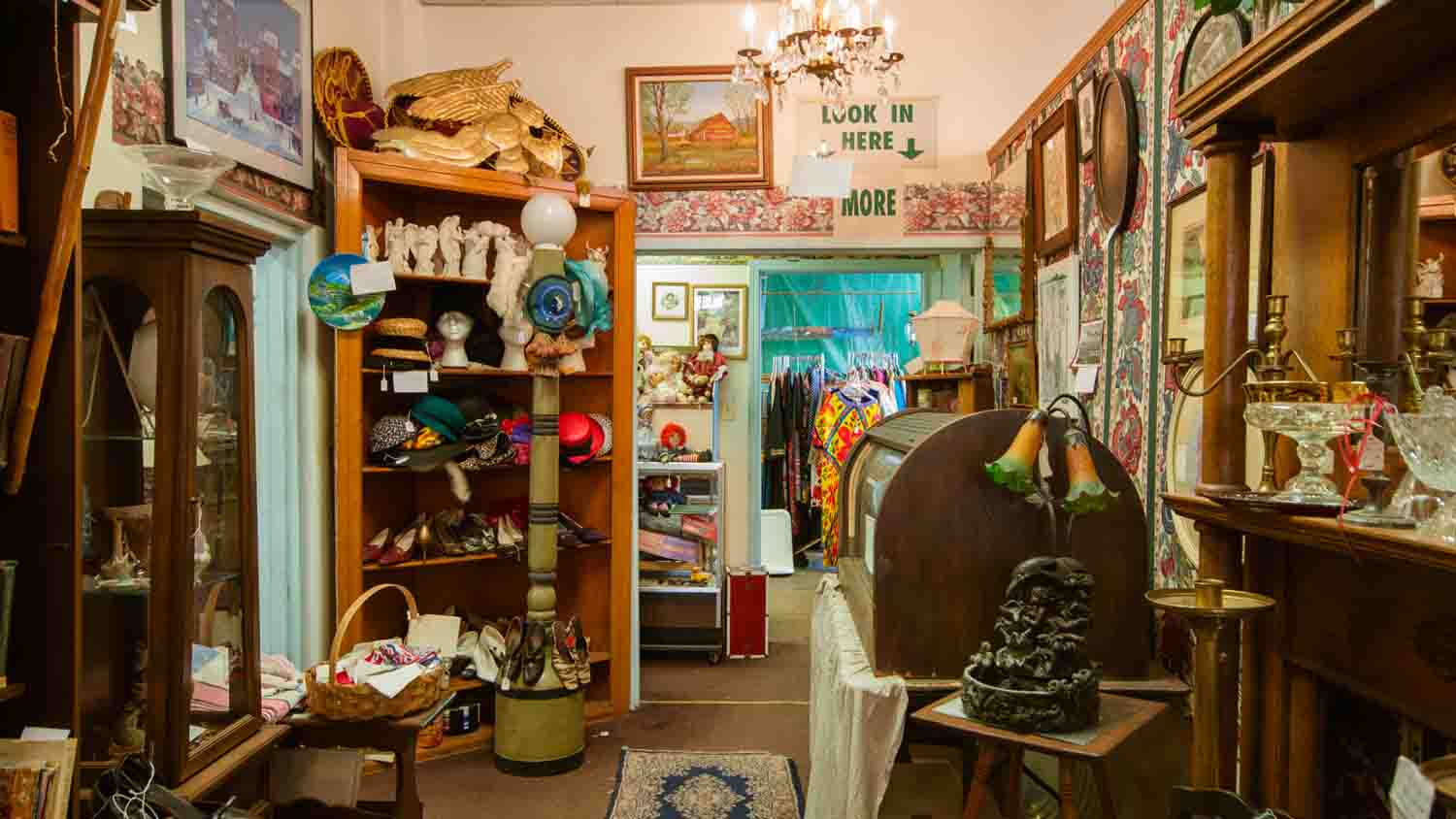 Days Gone By Antique Mall 1