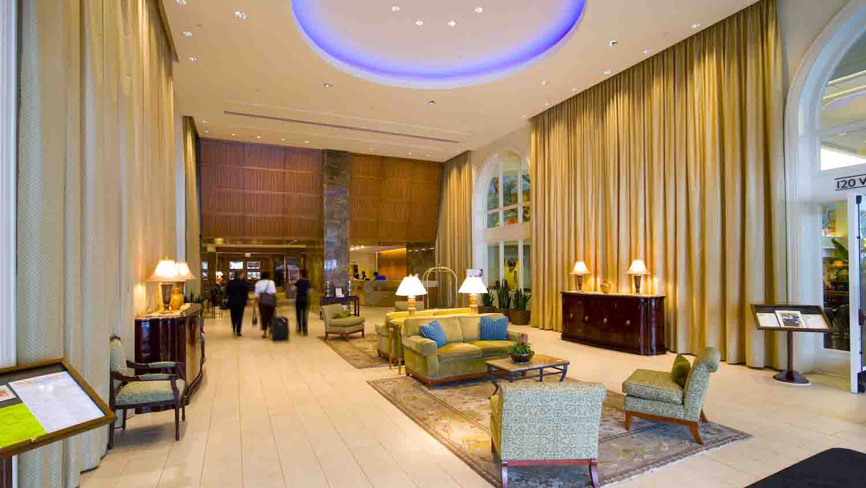 Hilton Indianapolis Hotel & Suites 3