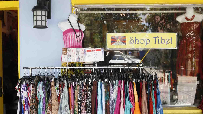 Shop Tibet 1