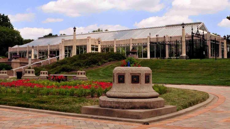Garfield Park Conservatory and Gardens