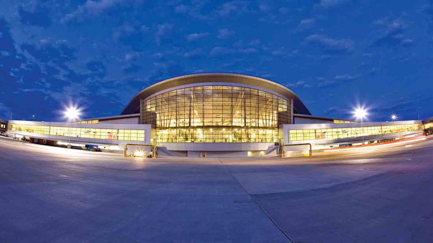 Indianapolis international airport 7