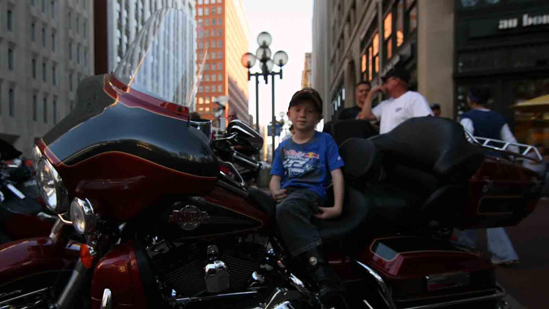 Motorcycles on Meridian 5