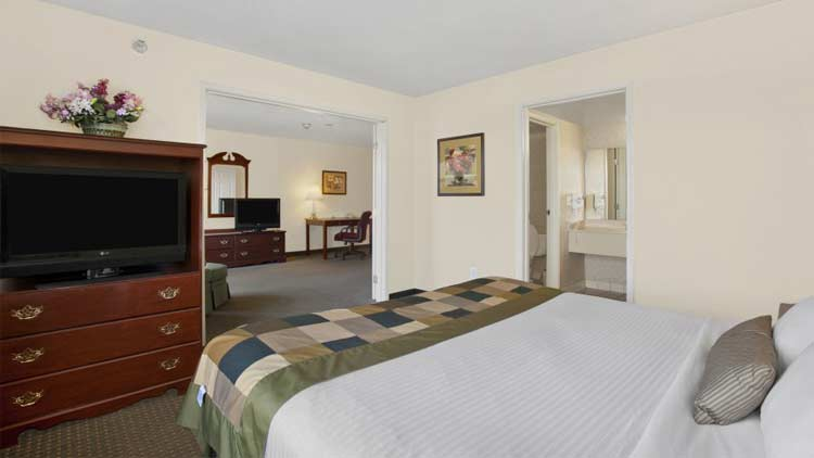 Wingate by Wyndham Airport - Rockville Road 1