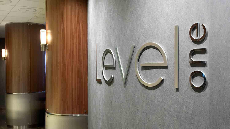 Level One at Hyatt Regency Indianapolis 1