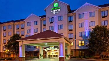 Holiday Inn Express & Suites Indianapolis East