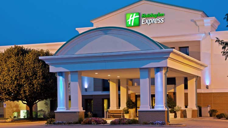 Holiday Inn Express Airport