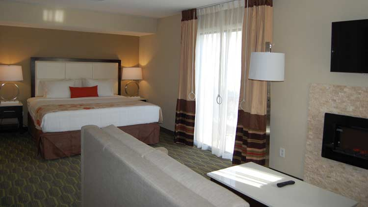 Hawthorn Suites by Wyndham Indianapolis North 6