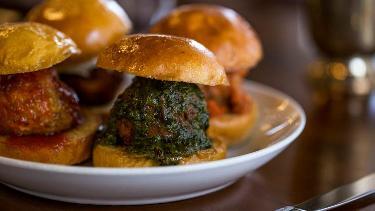 Mimi Blue - Good Food, Keystone at the Crossing