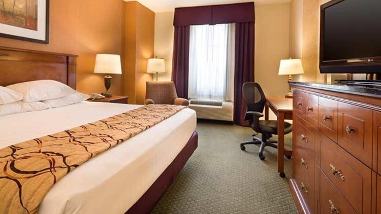 Drury Inn & Suites Indianapolis NortheastSave