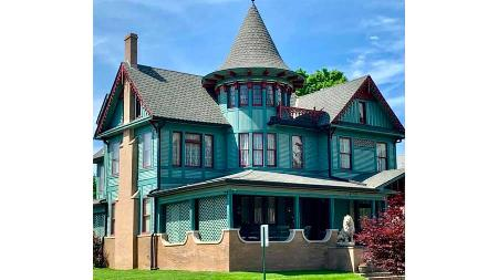 Charles Davis Mansion