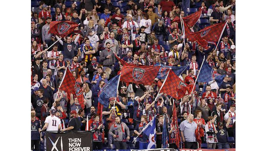 Indy Eleven 10