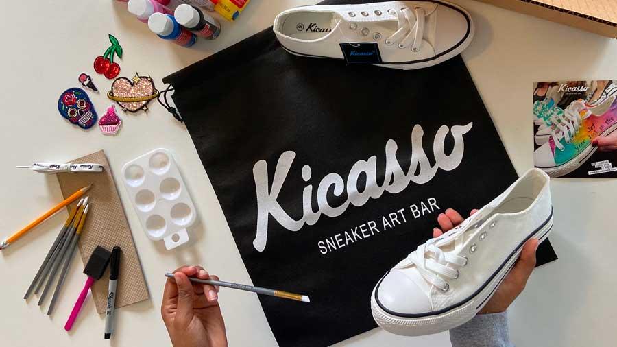 Kicasso Sneaker Art Bar